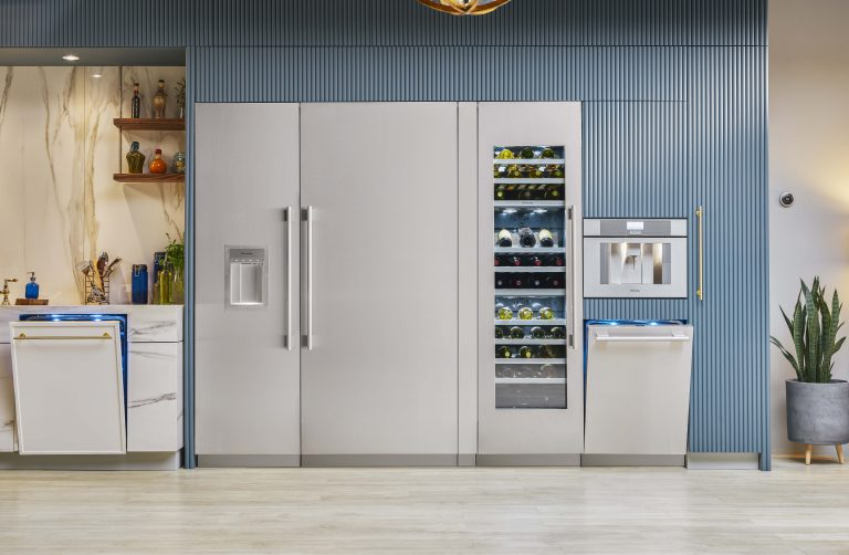 Connectivity in the Kitchen and Beyond: Live Luxuriously with Smart Home Appliances